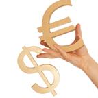 Che cosa c'è dietro la debolezza del dollaro americano?